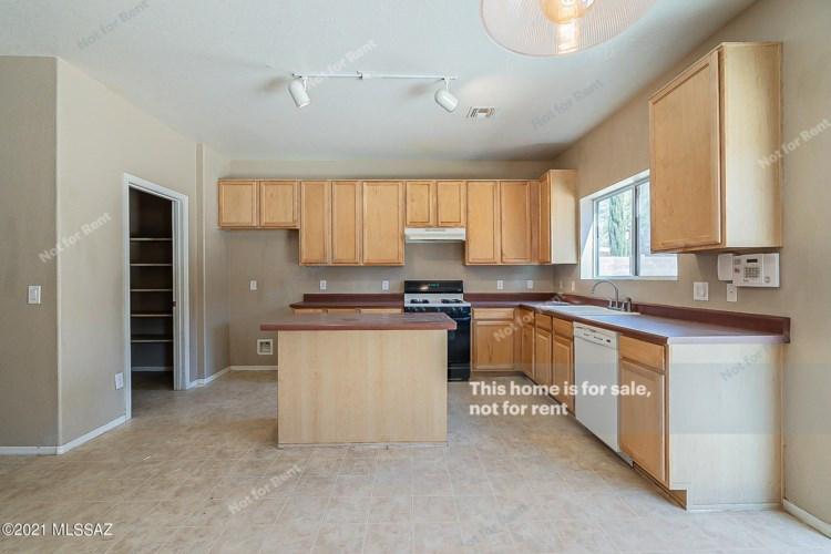 3583 E Mecate Road, Tucson, AZ 85739