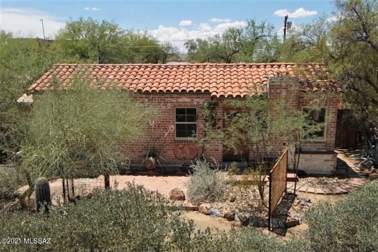 3006 E Lester Street, Tucson, AZ 85716