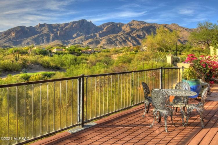 5958 N Via Del Chiquiri, Tucson, AZ 85718