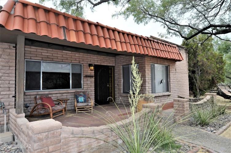 2406 N Shade Tree Lane, Tucson, AZ 85715