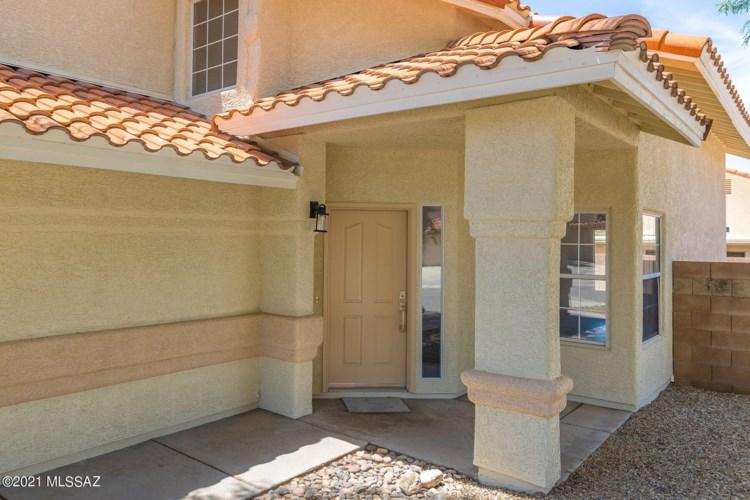 8061 E Hampton Drive, Tucson, AZ 85715