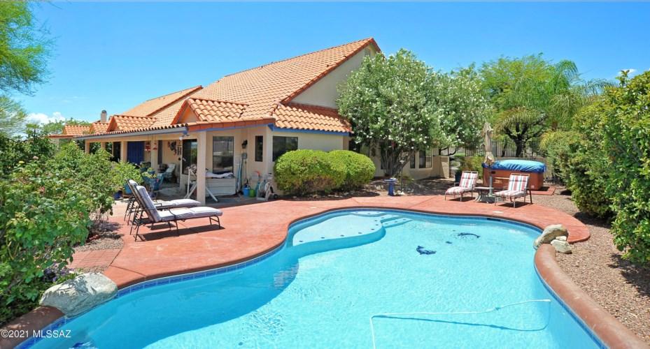 11170 N Broadstone Drive, Oro Valley, AZ 85737