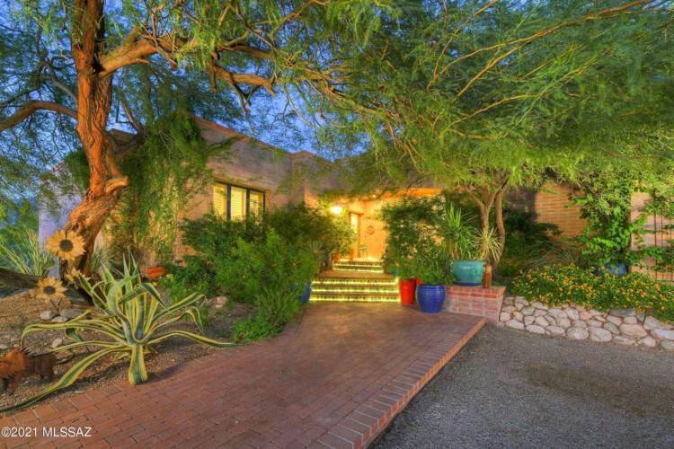 4850 N Camino Escuela, Tucson, AZ 85718