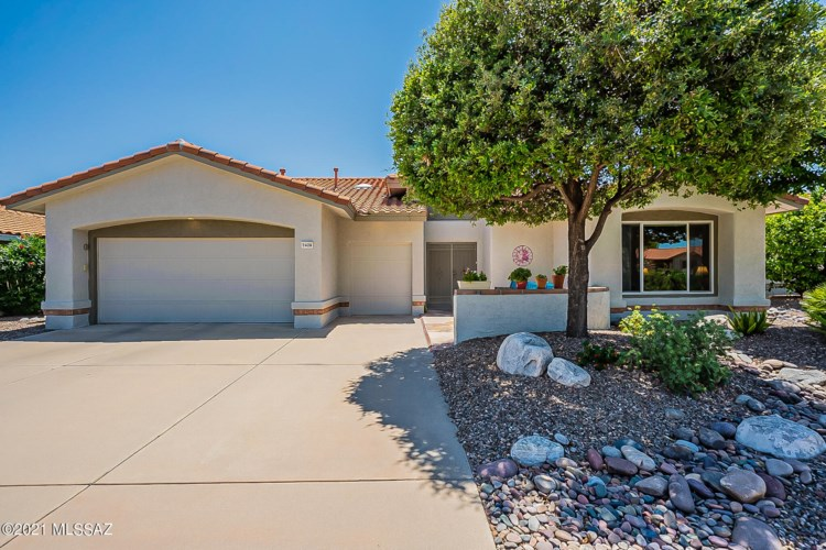2428 E Chrysanthemum Street, Oro Valley, AZ 85755