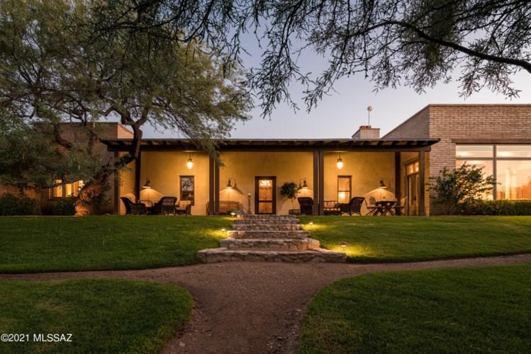 1416 N Smokey Springs Road, Tucson, AZ 85749