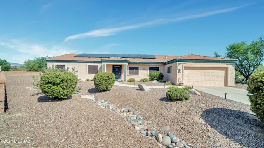1422 W Hidden Crest Court, Green Valley, AZ 85622