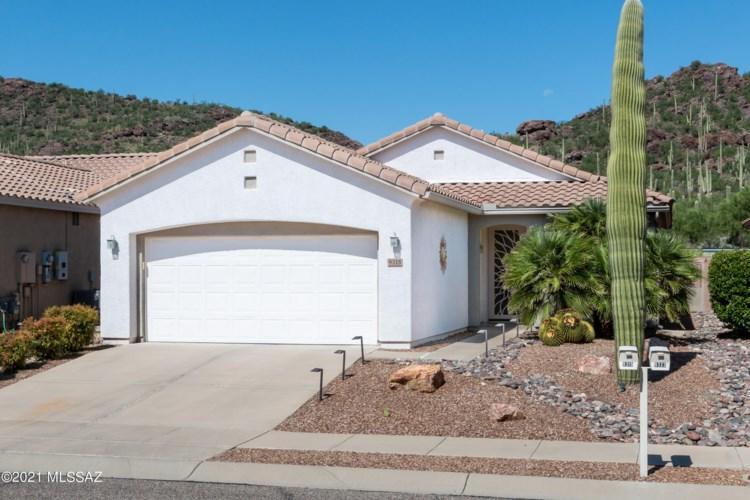 9315 N Whispering Shadows Way, Tucson, AZ 85743