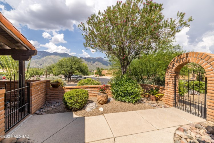5345 N Strada De Rubino, Tucson, AZ 85750