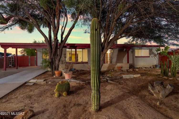 3152 W Calle Toronja, Tucson, AZ 85741