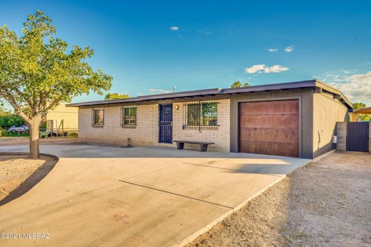 4746 S Camino De La Plaza, Tucson, AZ 85714