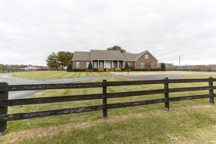 629 Tyree Springs Rd, White House, TN 37188