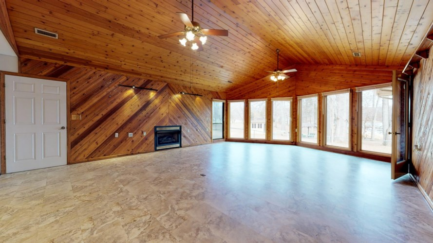 1340 Dripping Springs Rd, Winchester, TN 37398