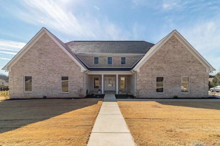 1205 Woodmont Ave, Fayetteville, TN 37334