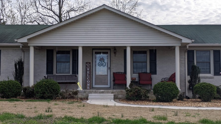 61 Orchard Hill Rd, Fayetteville, TN 37334
