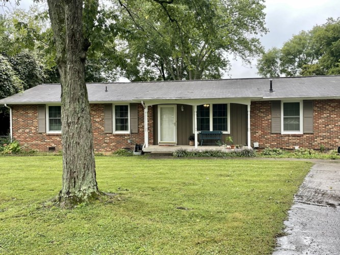 125 Cheryl Dr, Hendersonville, TN 37075