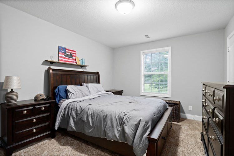 119 Sycamore Hill Dr, Clarksville, TN 37042