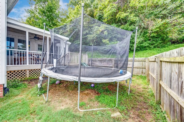 421 Brownstone St, Old Hickory, TN 37138