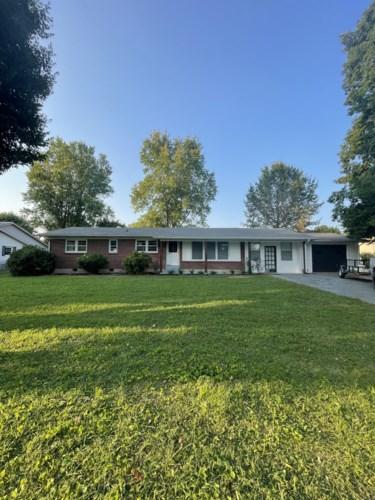 414 8th St, Lawrenceburg, TN 38464