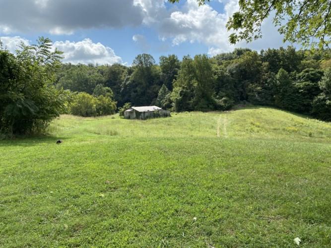 1906 Darks Mill Rd, Columbia, TN 38401