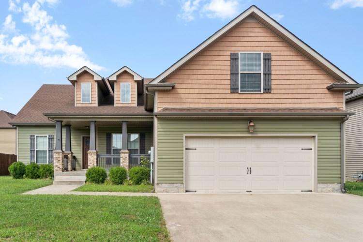 1504 Eads Ct, Clarksville, TN 37043