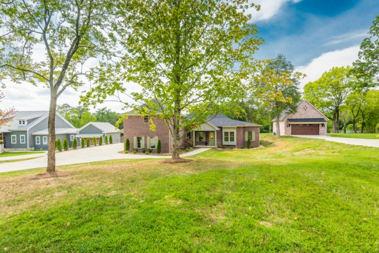 515  Broome Rd, Knoxville, TN 37909