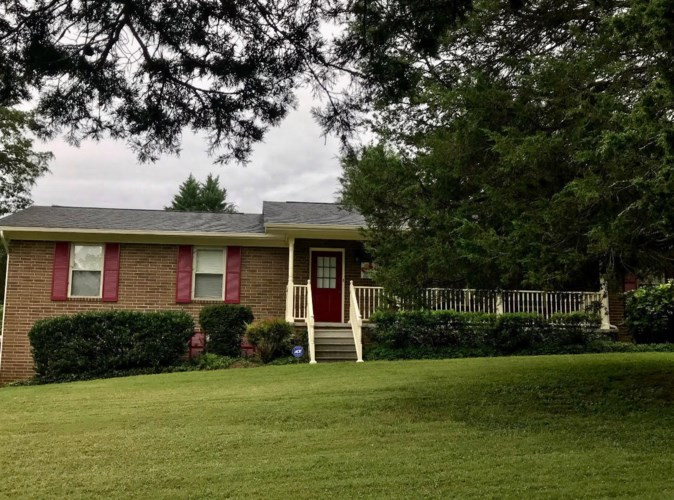 7521  Blacks Ferry Rd Rd, Knoxville, TN 37931