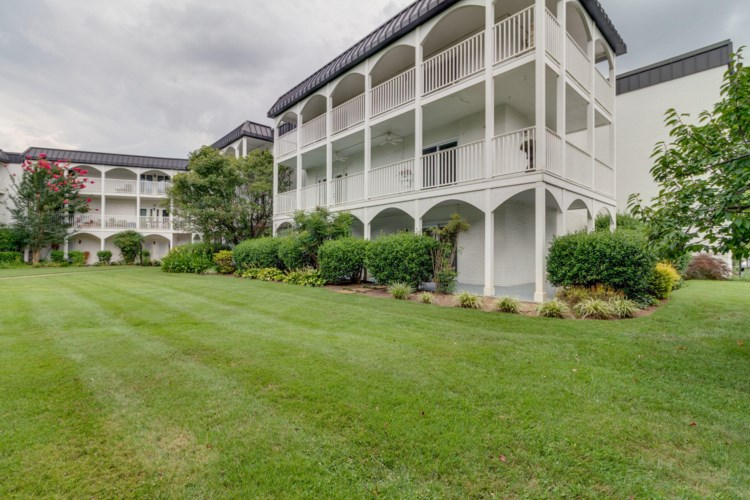 5709  Lyons View Pike, Knoxville, TN 37919