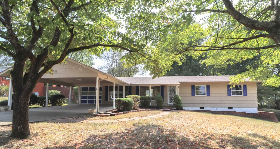 4924  Petersburg Rd, Knoxville, TN 37921