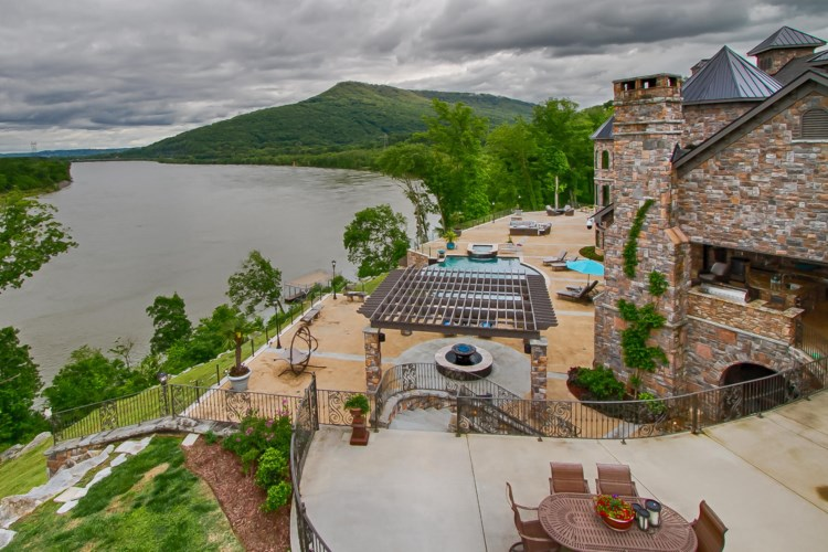 502  Browns Ferry Rd, Chattanooga, TN 37419