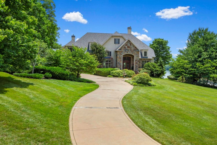12112  Channel Point Drive, Knoxville, TN 37922