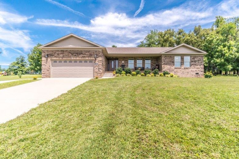 208 Waco Heights Drive, Waco, KY 40385