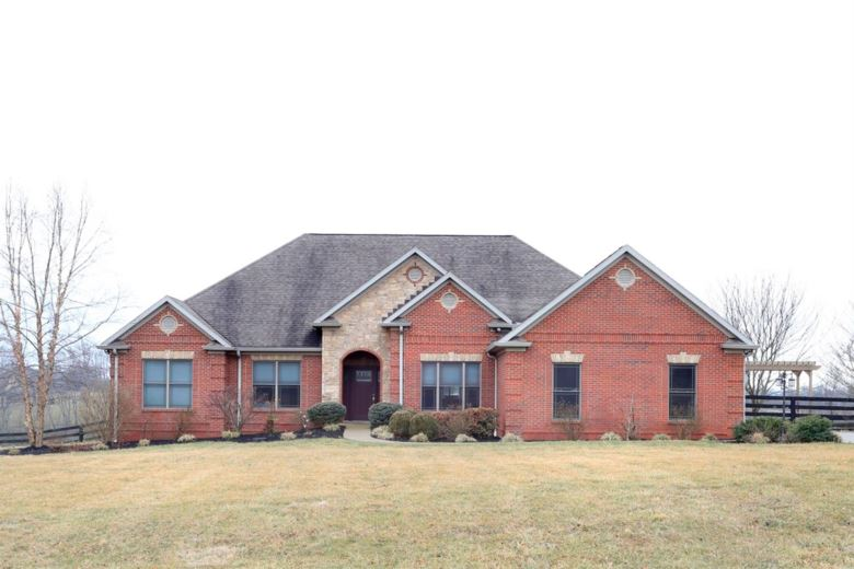 104 Sea Gull Lane, Midway, KY 40347