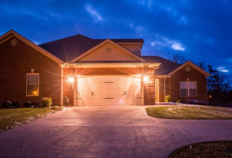 1024 Berry Hill Drive, Frankfort, KY 40601