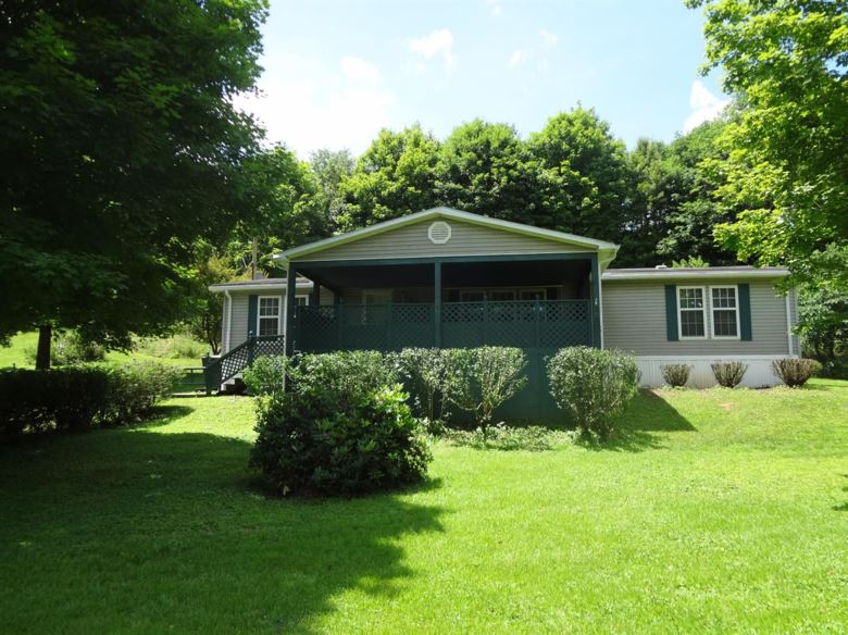 2925 irvine Road, Winchester, KY 40391