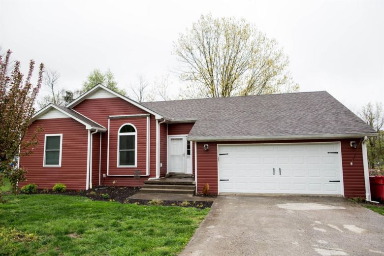 1133 Wood Cliff, Frankfort, KY 40601