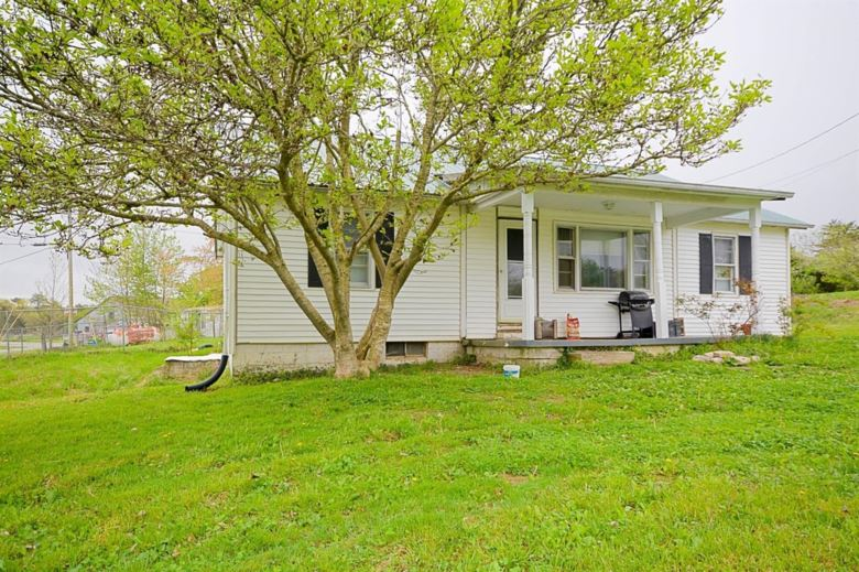 1978 Spout Springs Road, Clay City, KY 40312