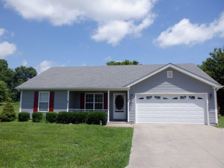 209 Russell Avenue, Versailles, KY 40383