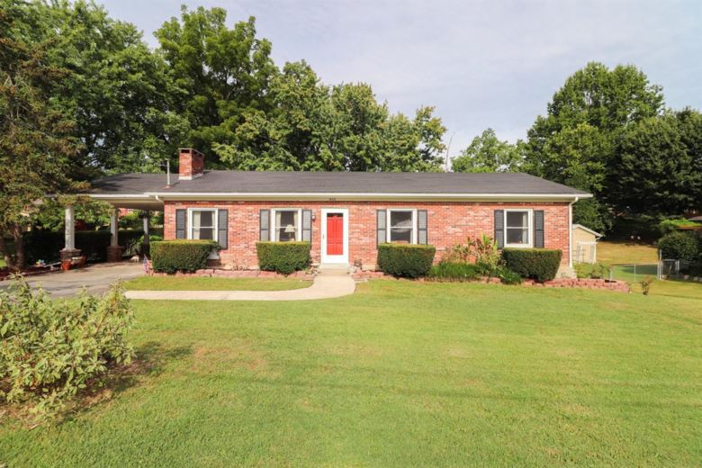 1402 Providence Road, Richmond, KY 40475