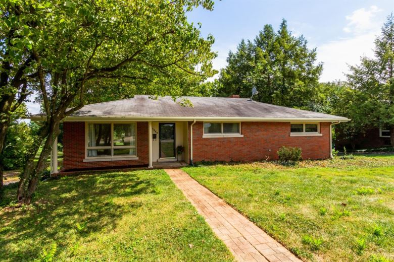 1560 Beacon Hill Road, Lexington, KY 40504