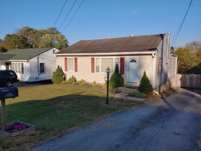 215 Locust Grove Road, Winchester, KY 40391