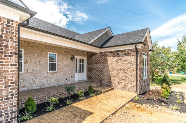 297 Waco Heights, Richmond, KY 40475