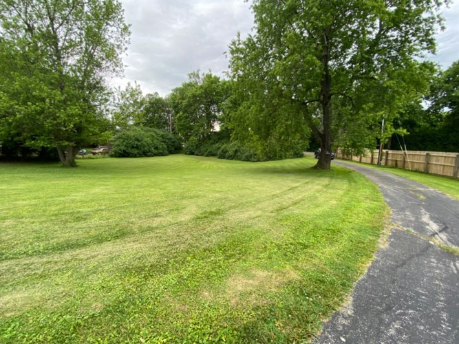 4464 Old Nicholasville Road, Lexington, KY 40515
