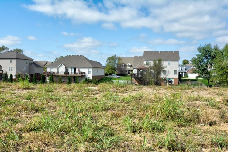 3013 Red Oak Trail, Versailles, KY 40383