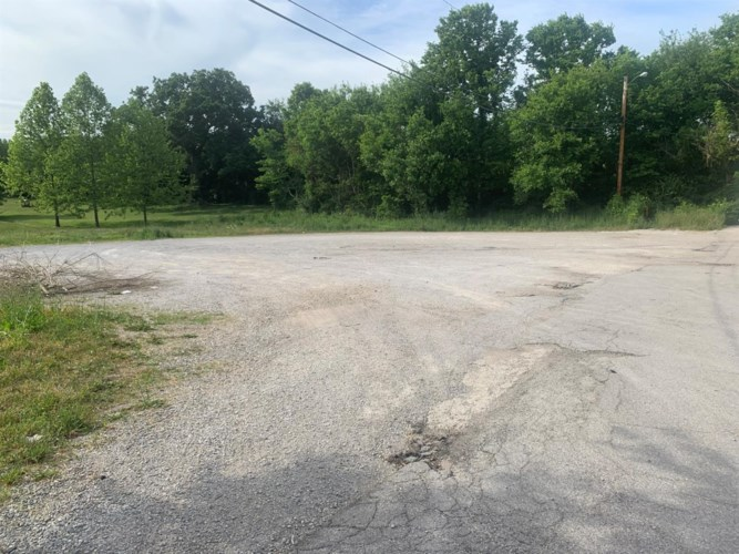 501 N Winter Street, Midway, KY 40347
