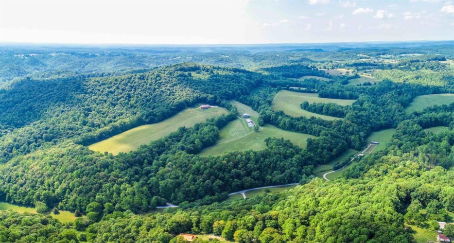 1640 Clear Branch Road, Liberty, KY 42539