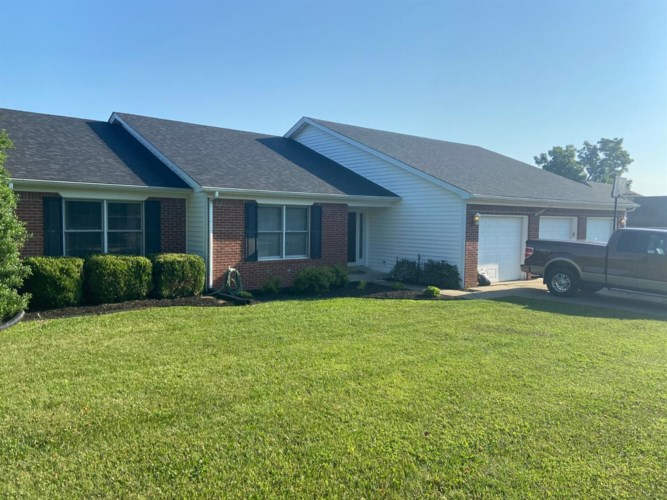 2061 Silver Lake Blvd, Frankfort, KY 40601