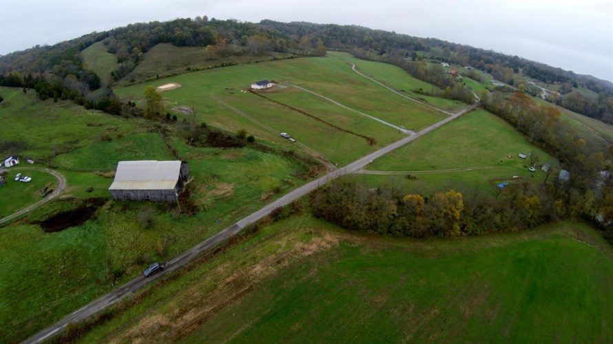 200 Howard Creek Rd, Winchester, KY 40391