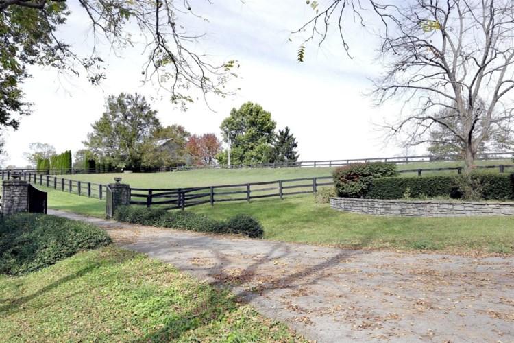 615 Gentry Lane, Lexington, KY 40509