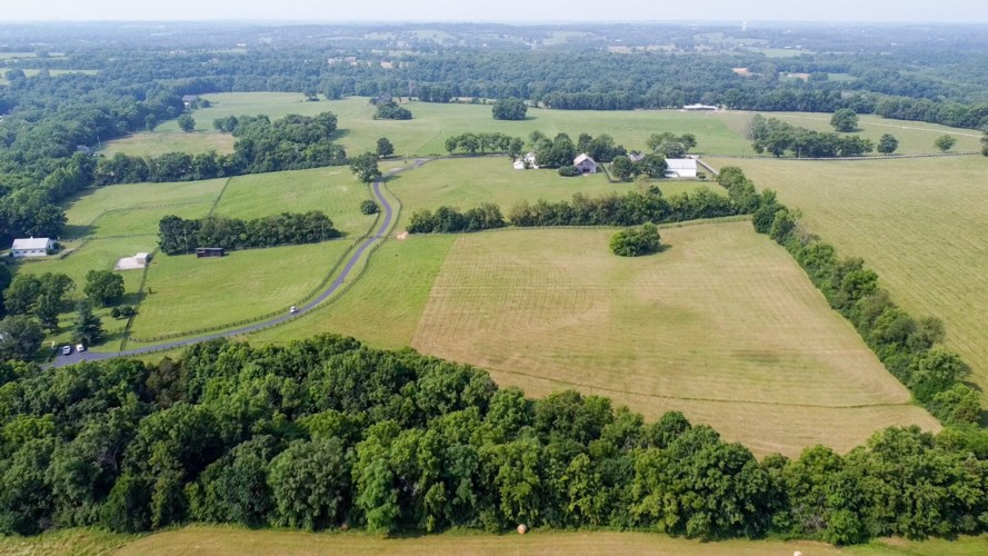 9080 Troy Pike, Versailles, KY 40383