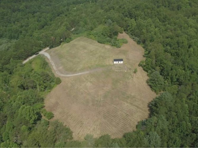 338 Midnight Stable Road, Manchester, KY 40962
